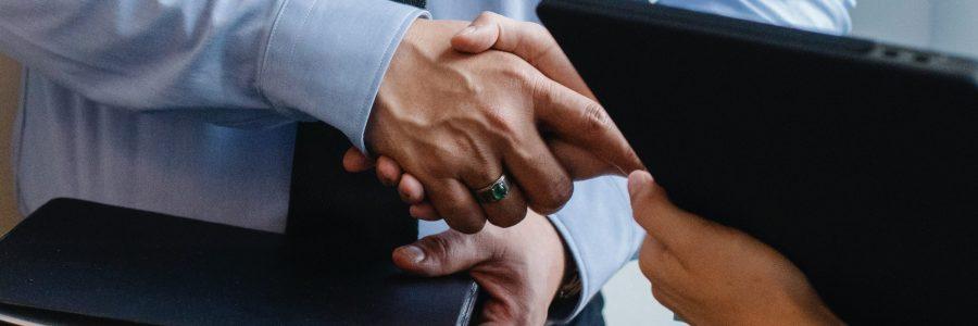Handshake_schmal